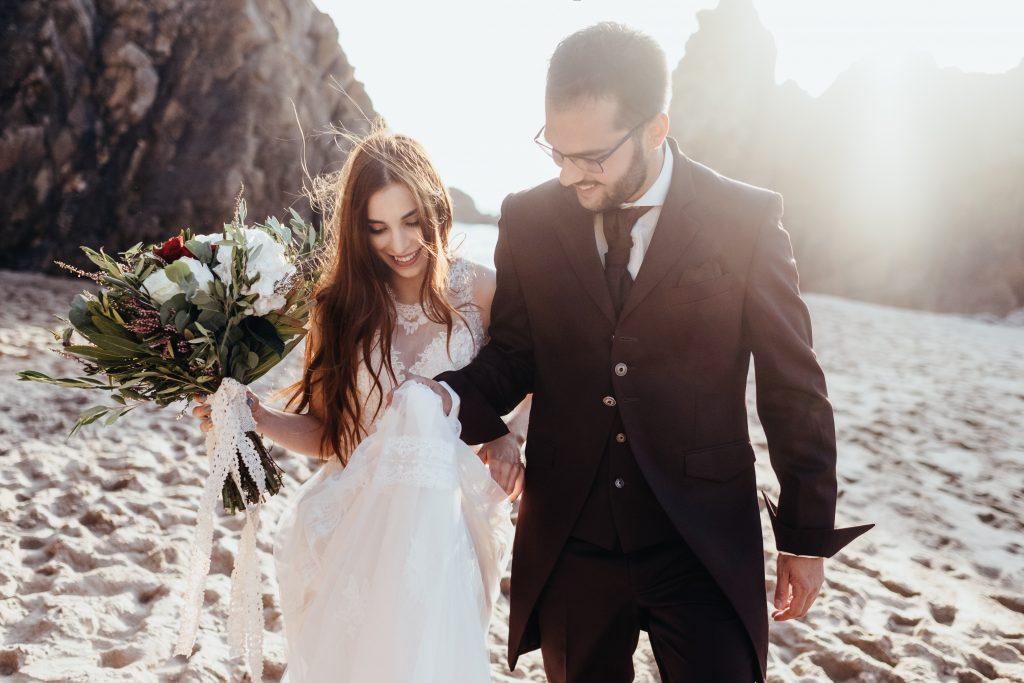 Elopement Wedding at the Beach_Madalena_Pedro