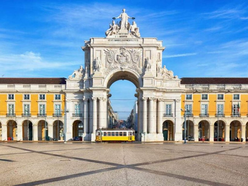 Lisbon - Getting married in Portugal