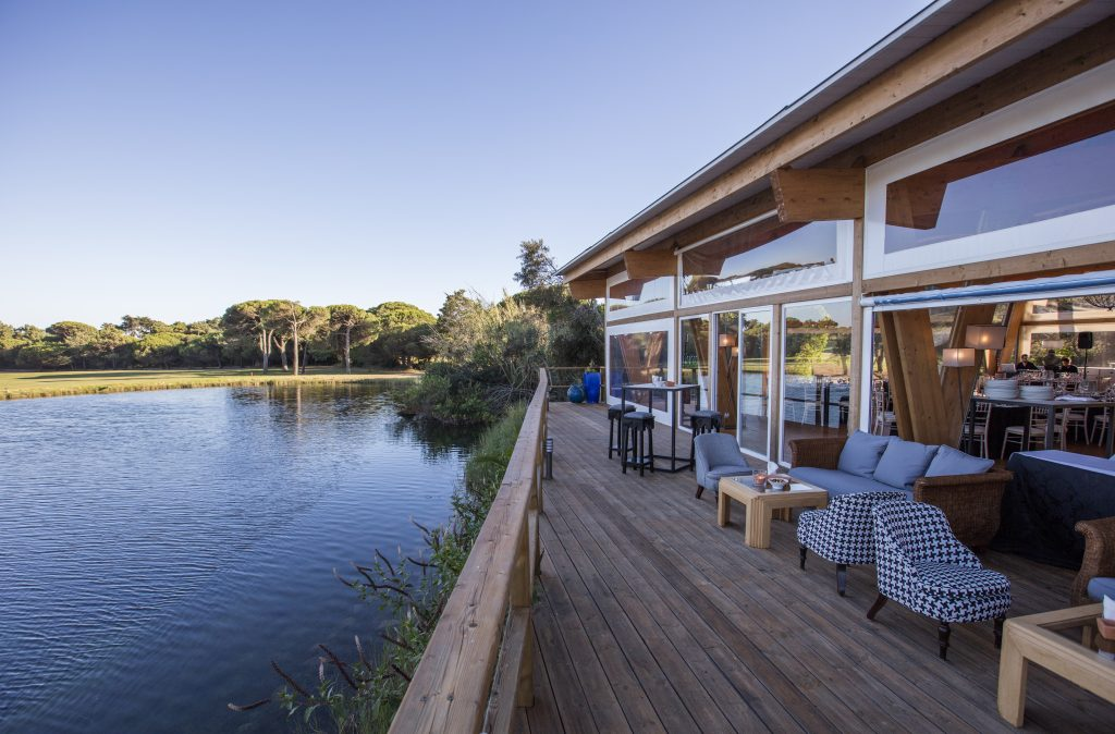 Wedding Venues in Portugal with Accommodation_LakeHouse
