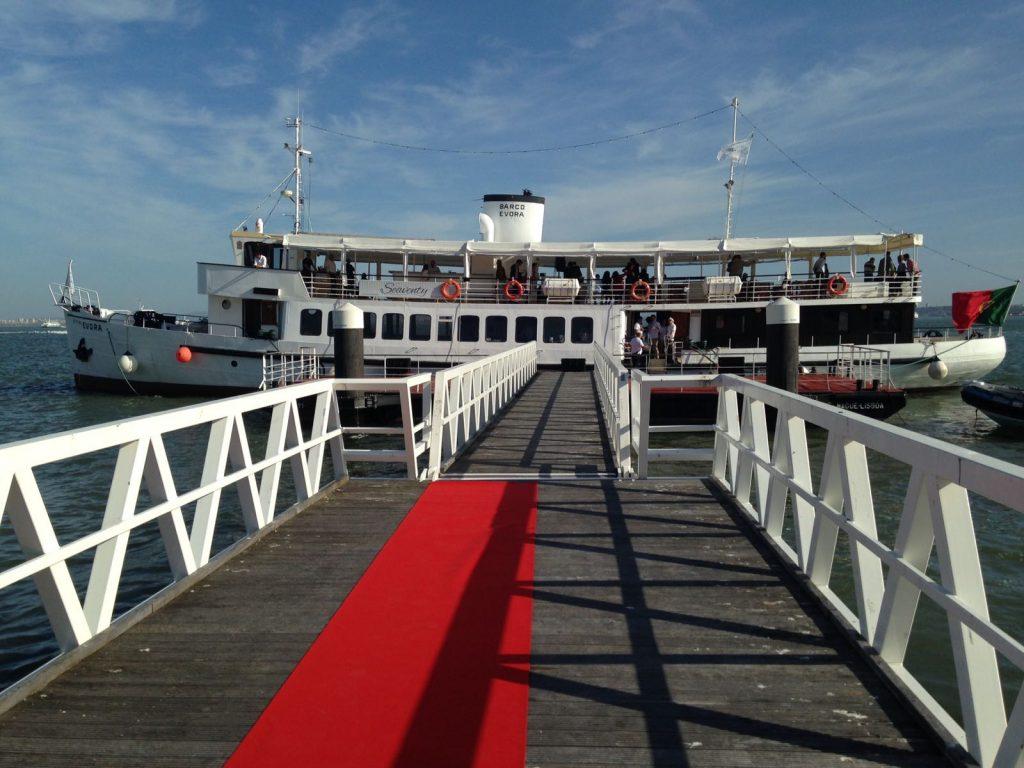 Boat Style Wedding